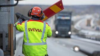 Svevias vägarbetare utför trafiksäkerhetshöjande arbete. Foto: Markus Marcetic