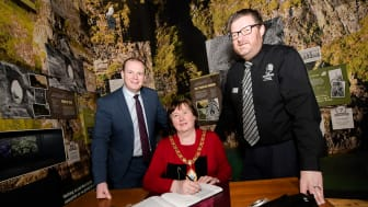 Junior Minister Gordon Lyons MLA with Mayor of Mid and East Antrim, Cllr Maureen Morrow, and Alister Bell, Manager of The Gobbins