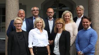 Från vänster, bakre raden: Jonas Rosenkvist, Peter Weinhandl, Niklas Blonér, Ann Nyström, Thomas Brühl  -  Från vänster, främre raden: Charlotte  Lorentz Hjorth, Emma Håkansson, Pernilla Blixt, Christian Wilander