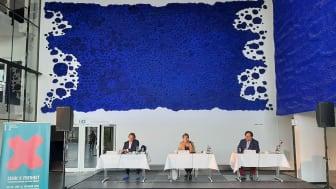 Florian Fiedler,Intendant Theater Oberhausen,Sprecher d.RuhrBühnen; Karola Geiß-Netthöfel, Regionaldirektorin Regionalverband Ruhr;Michael Schulz,Generalintendant Musiktheater im Revier Gelsenkirchen,Sprecher d.RB.jpg