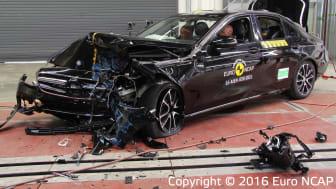 Mercedes-Benz E-Class - Frontal Offset Impact test 2016 - after crash