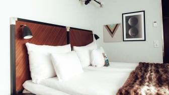 Checka in på Clarion Hotel Amaranten för en svettig staycation på Sveriges nationaldag den 6 juni!