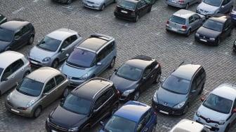Svenskars obetalda parkeringsböter fortsätter att minska