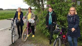 Cykeldagarnas projektledare Ella Ekenberg och Hanna Kuhlau från Kristianstad, Sara Widesjö, Bromölla och Sanna Persson, Sölvesborg ser fram mot härliga cykelupplevelser i veckan.
