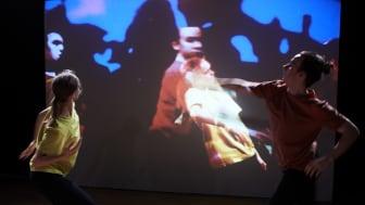 Dansarna Johanna Forsehag och Matthew Rawcliffe. Foto: Olle Melkerhed