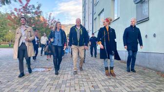 Tryggare Väsby - Fastighetsägare i samverkan samarbetar med polis, kommun och flera representanter från bostadsrättsföreningar.