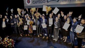 Restauranggalans glada och stolta vinnare. Galan arrangerades för tionde årets i rad av tidningen RS Restauranger & Storkök. Foto: Mikael Gustavsen