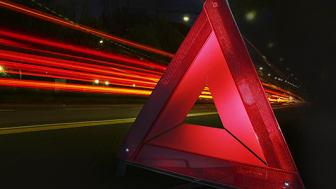 I ett samarbete med Solid Försäkring erbjuds konsumenten en vägassistansförsäkring i samband med bilservice  hos Speedy.