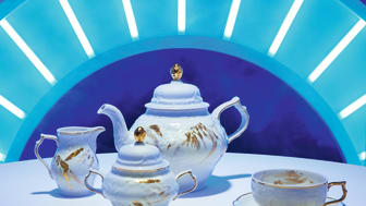 "The classic Rosenthal shape Sanssouci is the perfect showpiece for the opulent decor ""Midas"" of the Heritage Collection."