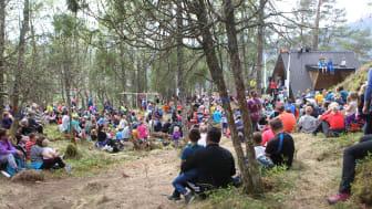 Stedjestova i Sogndal er arena for Førdefestivalen og Barnas Turlag Sogndal si ut på tur-oppleving onsdag 23. september. Gytta får konsert 22. september, og TIN-camp på Sandane 24. september.