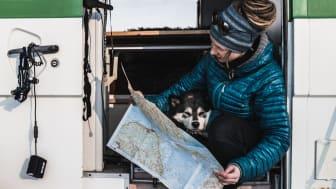Lär dig läsa karta och kompass för en säker naturupplevelse