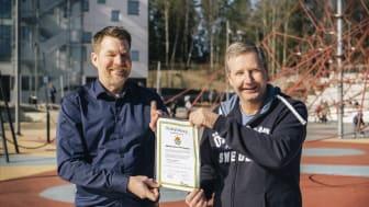 Henrik Örneblad, vd, och Tomas Hansson, styrelseordförande, Huddinge Samhällsfastigheter. Foto: Ola Jacobsen