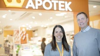 Charlotte Kalla och Kronans Apoteks VD, Anders Torell. Foto: Hanna Olsson