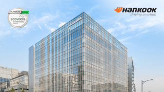 Däcktillverkaren Hankook har tagit emot platinamedalj som endast delas ut till de företag inom den översta procenten i varje industrisektor.