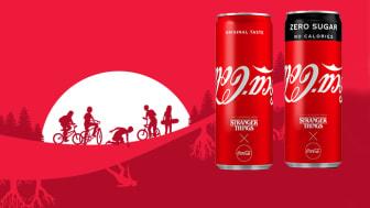 """Coca-Colan ja Netflixin yhteistyönä  toteutettu erikoiserä """"Stranger Things"""" -tölkkejä ilahduttaa tänä kesänä sarjan suuria faneja."""