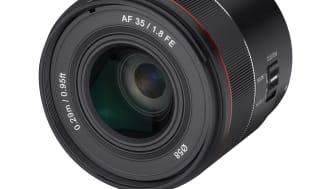 Samyang AF 35mm F1.8 FE Product Image 02 - No_hood_45