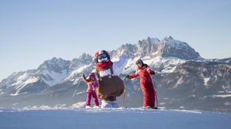 SkiStars very popular Valle the snowman opens his own ski school in St. Johann