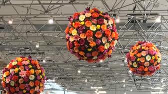 Nordstan välkomnar våren med ny blomstrande dekoration