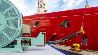 Enova går inn med nærmere 25 millioner kroner i statlig støtte til fem nye landstrømprosjekter i Kristiansand, Ålesund, Stokmarknes, Helgeland og Florø.