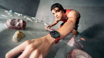 Huawei Watch GT2e_creative shots_Rock_Climbing_EN_final20200223