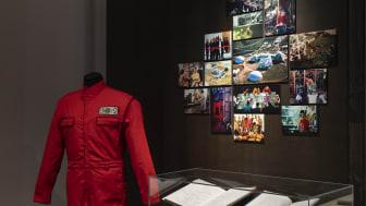 Material from Biosphere 2, boilersuit, photos, log book, medal, 1991-1994