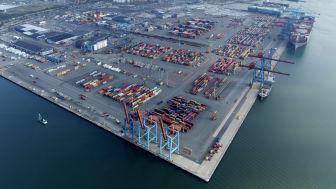 Den nya kortsjötrafiken kommer att hanteras vid Skandiahamnens västra kaj (t.v.) i Göteborgs hamn. Bild: Göteborgs Hamn AB.
