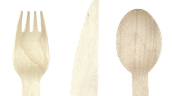 Kertakäyttöaterimet on valmistettu FSC-merkitystä puusta