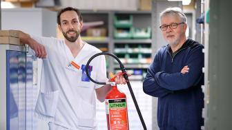 Rolf Westermark, medicinteknisk ingenjör och Lars-Erik Eriksson, f.d. medicinteknisk ingenjör på Linköpings Universitetssjukhus.