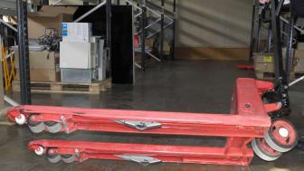 Ny patenterad svängadapter till handtruckar, pallyftare och gaffellyftvagnar