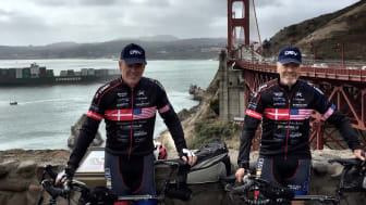 Team Hope at Golden Gate Bridge shortly before the first stage of their San Francisco-New York bike trip