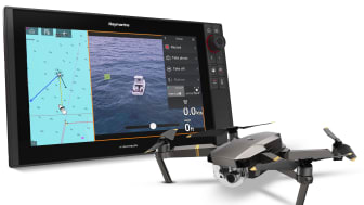 New Axiom UAV integration allows boaters to connect to their UAV, then control and view images directly from the Axiom display