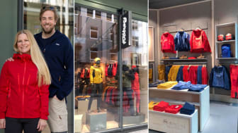 Retail director i Bergans Anett Kolstad og butikksjef Jørgen Marchman-Jensen gleder seg til å åpne Bergans-butikken i Strandgaten 18.