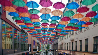 The Umbrella Project x Indiska på Drottninggatan i Stockholm. Foto: Magnus Ragnvid