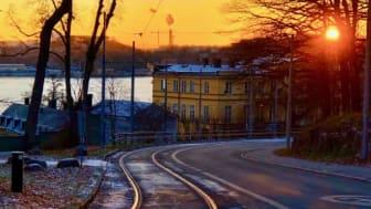 - Visionen är ett bilfritt Djurgården, men på vägen dit är samarbetet med Nollzon ett steg för att skapa tystare och renare trafik i hela Djurgården. Foto: Johan Danielson