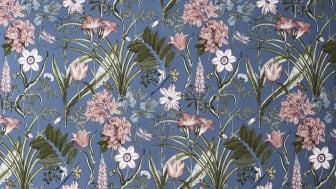 Blått sätter stilen på vårens tapeter