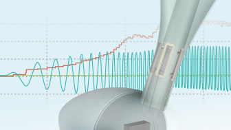 Monitoring solution for wind turbine rotor blades