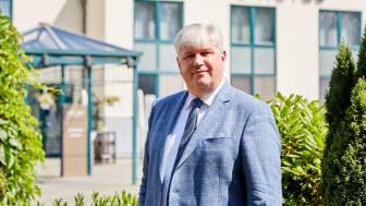 "Walter Sosul, Direktor Mercure Tagungs- & Landhotel Krefeld begründete die Kooperation ""Exzellente Lernorte"" mit."