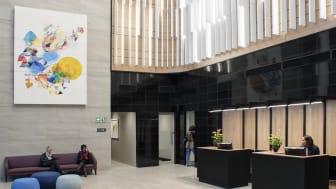 Ecophon Solo™ Baffle Wall passar bra för stora rum