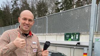 ICA MAXI i Nyköping kan nu erbjuda 30 laddplatser men systemet är förberett för att kunna skalas upp till hundratals laddplatser.