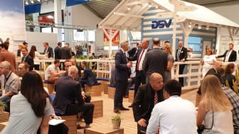 The DSV stand at the transport logistics fair in Munich was a popular place for the many visitors to engage in discussions about recent and future developments in the industry.