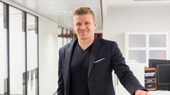 Sector Alarmin uusi toimitusjohtaja Petteri Kaijasilta uskoo kodin turvapalvelujen kiinnostavan yhä useampia suomalaisia.