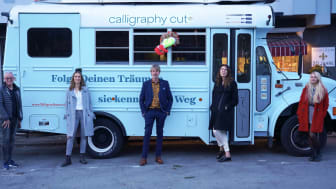 calligraphy cut®-Tourbus TRUDE in Aachen