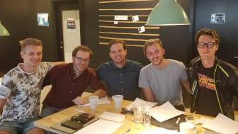 Från vänster Edwin Flataunet (medgrundare Altpocket), Andreas Westerberg , Christian Ander, Jonathan Svensson (medgrundare Altpocket), och Sergej Kotliar.