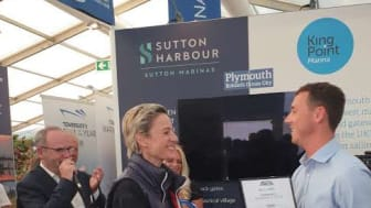 Liza Singer, Managing Director of Karpaz Gate Marina, receives the award for TYHA International Marina of the Year Runner-up 2019 at Southampton Boat Show