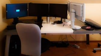 """Das Büro nach Hause verlegt - Emily und ihr Vater teilen sich ein """"Büro"""""""