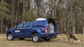 male Ford Ranger vs Ranger_30