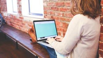 Arbeta på distans med digitala avtal och e-signaturer