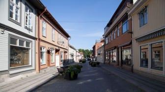 Lindesbergs centrum behöver fler bostäder - gärna i höga hus, enligt Utskottet för stöd och strategi. Bildkälla: Lindesbergs kulturhistoriska arkiv, Tillväxtförvaltningens kultur- och fritidsenhet.