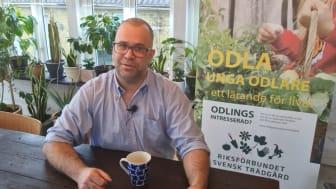 Andreas Andersson missionerar odling i skolan