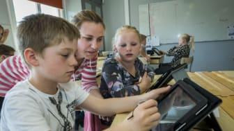 Det kan vara svårt för lärare att uppfatta vilka kunskaper eleverna har i programmering när de möts i årskurs 7 och ofta kommer från olika skolor. Bild: Mostphotos/Michael Folmer